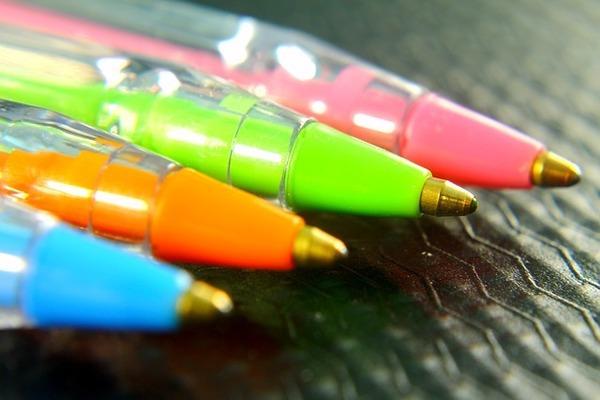 書けなくなったボールペンを復活させる方法?節約出来て女子力もアップ出来るかな?