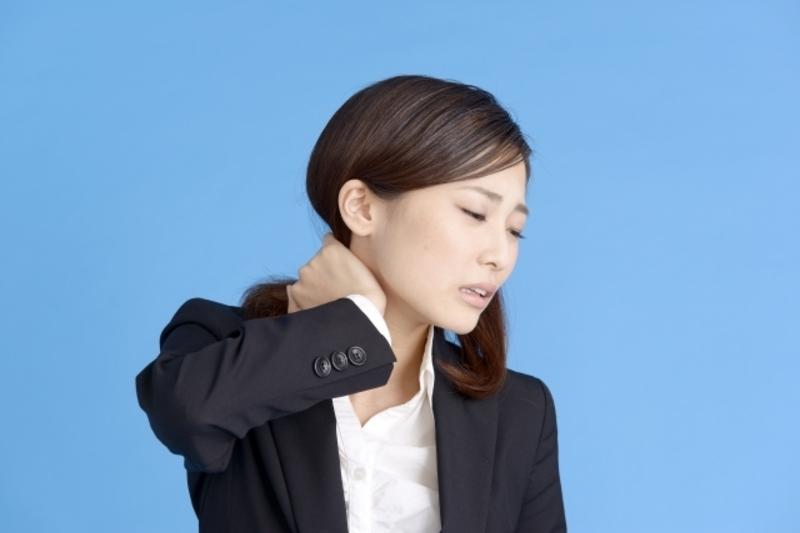女性必見!首のコリはパーツごとのケアが大切なんですよ〜