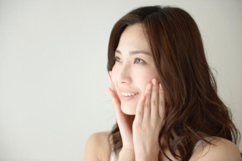 健康な肌が顔の印象を1トーン明るくしてくれるって知ってた?