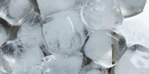氷を使ってシミ・毛穴のケアが出来る!